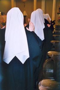 le Bénédictines répondent à l'appel de Dieu au monastère notre dame