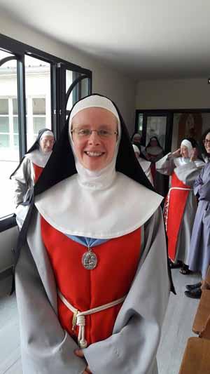AnnonciadeSoeur Marie Aimee de Jesus la nouvelle professe