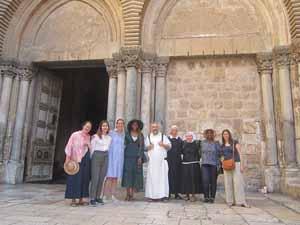 le groupe devant le saint sepulcrepetit